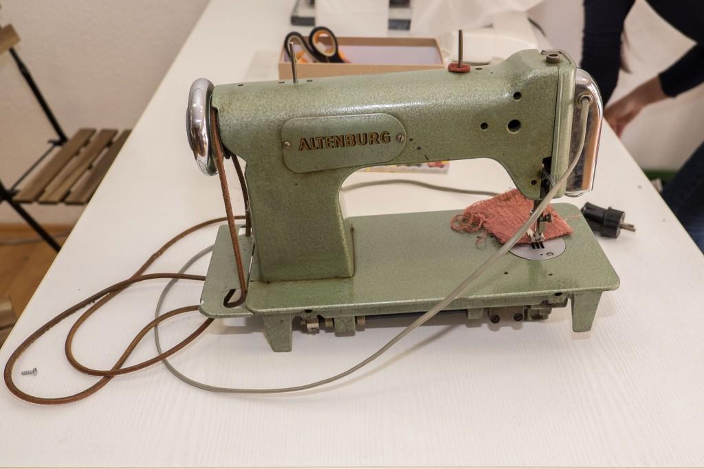 die erste Zickzack-Nähmaschine von Altenburg